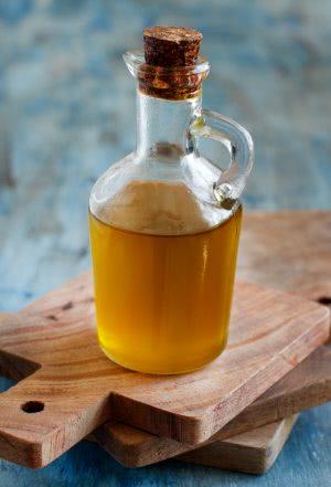 butla z oliwą z oliwek